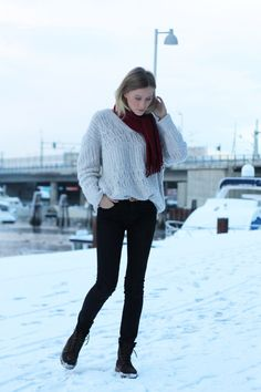 Simple - jeans, sweater, boots!
