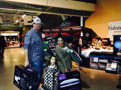 #SDHolidayWonderland #Padres #Bedgear #PetcoPark #Family #Bedding