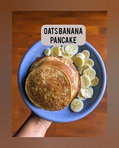 Oats Recipes Indian, Quick Oat Recipes, Banana Recipes, Coffee Recipes, Healthy Banana Pancakes, Eggless Pancake Recipe, Banana Oats, Easy Food To Make, Vegans