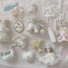 Angel Aesthetic, Aesthetic Vintage, Cute Pink, Pretty In Pink, Creepy Baby Dolls, Rose Tea, Creepy Cute, Doll Maker, Cute Food
