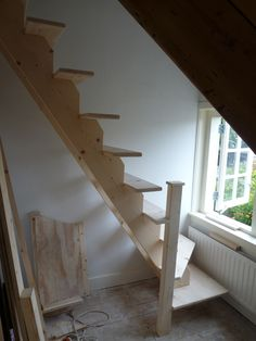 Tight stair options google search stairs inspiration biy pinterest indretning - Ruimtebesparende mezzanine ...