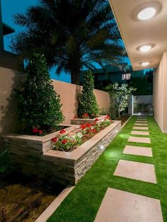 60 Awesome Side Yard Garden Design Ideas For Summer is part of Diy backyard landscaping - As you're making your gardening plans it's easy to forget about side y Backyard Patio Designs, Small Backyard Landscaping, Landscaping Ideas, Backyard Ideas, Florida Landscaping, Mulch Landscaping, Modern Landscaping, Diy Patio, Outdoor Ideas