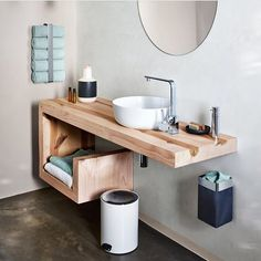 ideas for bathroom door towel storage ideas Bathroom Towel Storage, Add A Bathroom, Bathroom Doors, Bathroom Renos, Basement Bathroom, Bathroom Towels, Bath Towels, Washroom Vanity, Bathroom Taps