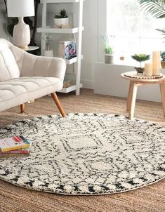 Wondering where to buy cheap living room rugs? Give your home a boho style on a budget with these gorgeous, large, and cheap boho rugs! I'm totally obsessed with these rugs. #rugs #livingroomrug #bohorug