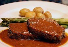 Albertos Brasato aus Tafelspitz in Spätburgunder, ein gutes Rezept aus der Kategorie Rind. Bewertungen: 64. Durchschnitt: Ø 4,7.