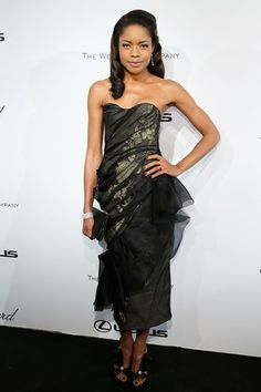 2013 - Naomie Harris in Marchesa dress,Nicholas Kirkwood heels and Jimmy Choo clutch.