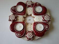 JJadventikoszoru Christmas Decorations, Christmas Ornaments, Holiday Decor, Macarons, Advent, Fondant, Gingerbread, Recipies, Candle Holders