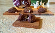 Polpette di radicchio, ricetta semplice e gustosa. http://blog.giallozafferano.it/oya/polpette-di-radicchio-ricetta-semplice/