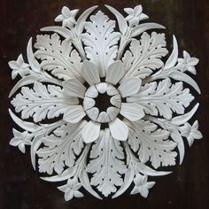Early Edwardian ceiling rose/medallion/crown centre piece.