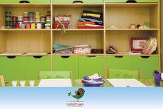 Espaço da Costura: Diversos materiais disponíveis, tipos de linhas, botões, tecidos, purpurinas, enfeites, scrapbooks que você possa imaginar!