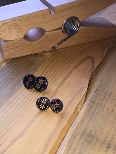 Wooden Flowers by tammisknickknacks on Etsy