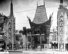 Hell's Angels premiere at the Grauman Chinese Theater, 1930