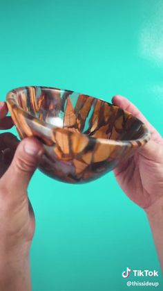 DIY Acrylic and Wood Bowl Pottery - Basteln - - Diy Resin Art, Diy Resin Crafts, Wood Crafts, Epoxy Wood Table, Epoxy Resin Wood, Wood Turning Projects, Diy Wood Projects, Resin Furniture, Furniture Vanity