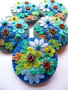 FB116 - Japanese Art Inspired Handmade Mini Felt Brooch - Royal Blue - Made to…