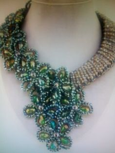 Crystal Beaded Necklace/ Green/Topaz