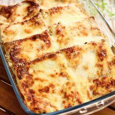 CRESPELLE CON ZUCCHINE E RICOTTA | Fatto in casa da Benedetta Crepes, Ricotta, Crepe Recipes, Gnocchi, Zucchini, Vegetarian Recipes, Food And Drink, Homemade, Baking