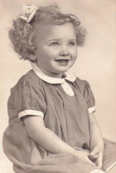 +~+~ Vintage Photograph ~+~+  Sassy Sadie