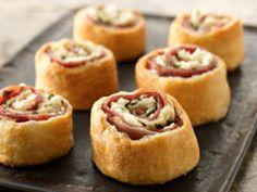 Video Recipe How to make Mediterranean pinwheel appetizers-3776