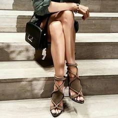 Shoesinyo 😍😍😍 SnapChat: shoesinyo #fashion #moda #fashionista #streetstyle #stylish #heels #happy #womenstyle #stylegram #styleaddict #fashionstyle #vogue #dailystyle #fashionheels #streetchic #love #hemtarzhemtrend #fashionisnpo #fashiondiaries #fashionista #fashiongram #fashionable #instastyle #instagood #streetlook #shoesinyo #stylebloggers