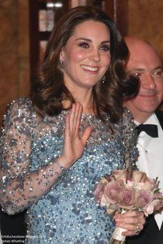 hrhduchesskate: Royal Variety Performance, Palladium, November 24, 2017-Duchess of Cambridge