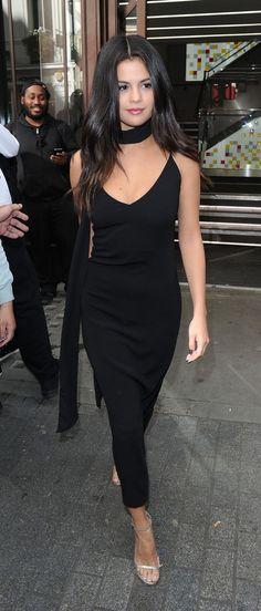 Selena leaves VEVO London Offices.