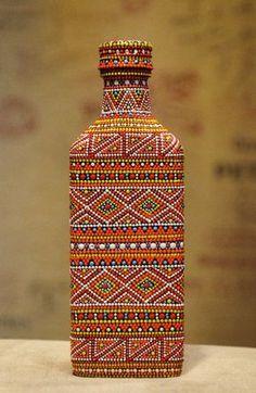 Painted Glass Bottles, Glass Bottle Crafts, Wine Bottle Art, Diy Bottle, Decorated Bottles, Mandala Art, Mandala Painting, Dot Art Painting, Pottery Painting