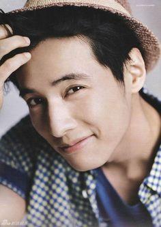 Won Bin  What a beautiful beautiful man!