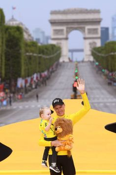 104th Tour de France 2017 / Stage 21 Podium / Christopher FROOME Yellow Leader Jersey / Kellan FROOME Son / Celebration / Montgeron Paris...