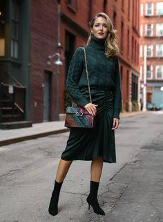 22935f813e61 Six Outfit Ideas for What to Wear for Thanksgiving. Sydne Style ...