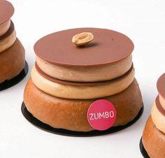 Pinterest: @/legittumblrr Zumbo Patisserrie ♡ Zumbo's Just Desserts, Kinds Of Desserts, Sweet Desserts, Dessert Recipes, Adriano Zumbo Cakes, Zumbo Desserts, Yummy Treats, Sweet Treats, Pastry Chef