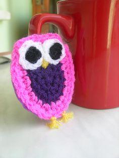 sweet crochet owl brooch ...  süße gehäkelten Eulen brosche... tatlı  tığ işi baykuş broş...