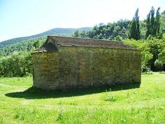 Publicamos la ermita de San Pablo de Obarra del siglo XII de estilo románico. #historia #turismo http://www.rutasconhistoria.es/loc/ermita-de-san-pablo-de-obarra