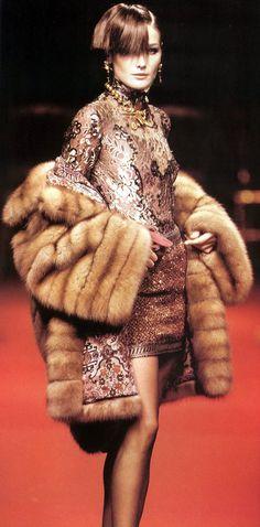Carla Bruni, Christian Dior Haute Couture