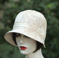Ivory Silk and Lace 1920's Cloche Hat for Vintage Style Bridal Wedding Hat Headpiece