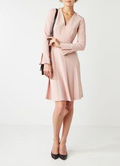 Op zoek naar L.K.Bennett Amana A-lijn jurk met V-hals ? Ma t/m za voor 22.00 uur besteld, morgen in huis door PostNL.Gratis retourneren.