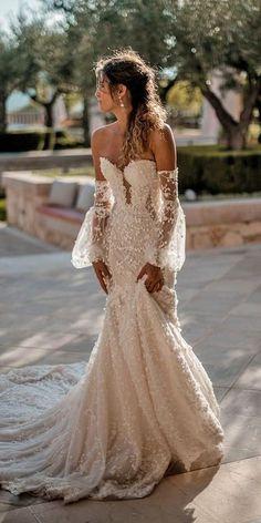 Mermaid Wedding Dress With Sleeves, Wedding Dresses For Girls, Mermaid Dresses, Dresses For Engagement, Glitter Wedding Dresses, Bridesmaid Dresses, Unique Wedding Dress, Different Wedding Dress Styles, Black Mermaid Dress