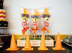 Traffic Pops we made for Fondant Flinger's party