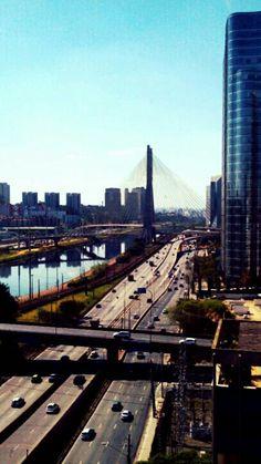 Ponte Estaiada - São Paulo - Brasil