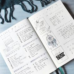"""1,351 tykkäystä, 12 kommenttia - Roz • Bullet Journal (@rozmakesplans) Instagramissa: """"I've made so many mistakes with these pages, but my favorite one is that I thought there were only…"""""""
