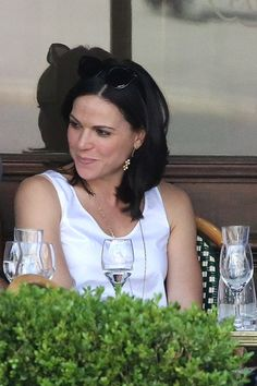 Lana looking absolutely stunning while having lunch in Paris - June 24, 2014