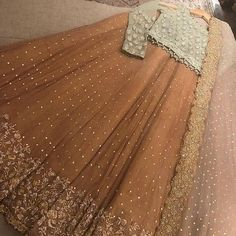 📲 WhatsApp Shipping Worldwide🌏⠀⠀ Pre booking only ⠀⠀ advance other after complete work Shipping cost must pay to you. Shadi Dresses, Pakistani Formal Dresses, Pakistani Wedding Outfits, Indian Gowns Dresses, Pakistani Bridal Dresses, Pakistani Dress Design, Bridal Outfits, Pakistani Mehndi Dress, Designer Party Wear Dresses