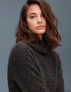 Schöne Frisuren Für Mittlere Lockige Haare Finding Style Hair