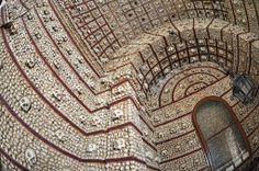Pensava que a Capela dos Ossos em Évora era única? Então pense de novo!  Capela dos Ossos de Alcantarilha, Silves  John Gutmann