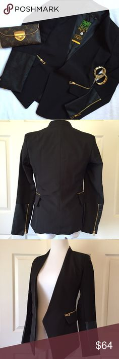 "ZARA OPEN BLACK BLAZER, 1/4 FAUX LEATHER SLEEVE. Stunning black blazer by Zara, featuring 1/4 faux leather sleeve and gold zippers on the faux front pockets, New With Tags. Size Small: 24"" sleeve, 25"" length, 14"" shoulders. Lined. No trades and a smoke free home. Thanks for stopping by @treasuresbytrac  Zara Jackets & Coats Blazers"