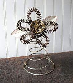 Upcycled bed spring flower metal wire bedspring vintage hardware elements mixed media folk art - ART and Crafts and Ideas - amazing craft Bed Spring Crafts, Spring Projects, Spring Art, Wire Crafts, Metal Crafts, Rusty Bed Springs, Old Beds, Mattress Springs, Etsy Vintage