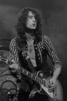 "nobouchan: "" Jimmy Page """