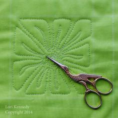 The Square Flower-A Free Motion Quilting Tutorial | The Inbox Jaunt