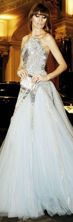 Glamorous Evening Dresses, Evening Gowns, Elie Saab, Versace, Mode Glamour, Designer Gowns, Beautiful Gowns, Dream Dress, Wedding Gowns