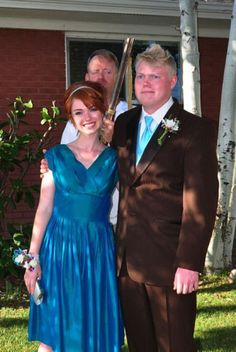 awkward prom photo shotgun dad. lmao typical south