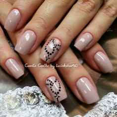 Pretty Nude Nails with Rosery Necklace  @ lucinhabarteli